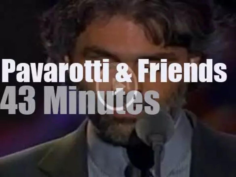 """Pavarotti & Friends"" sing for Irak (2003)"