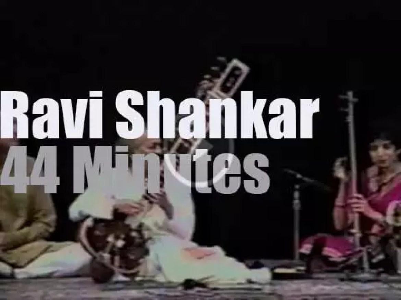 Ravi Shankar is live at the Carnegie Hall (1993)