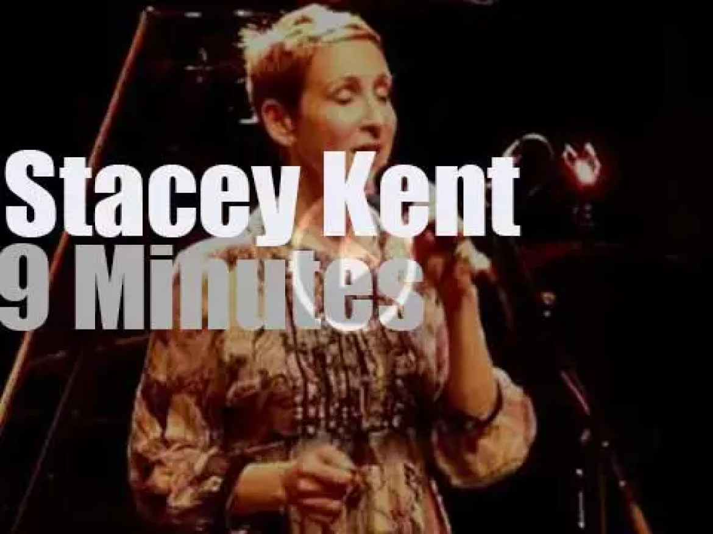 Stacey Kent sings in Paris (2011)