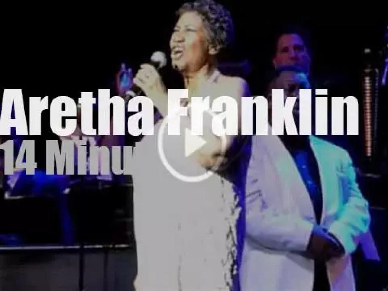 Aretha Franklin sings at Radio City Music Hall (2014)