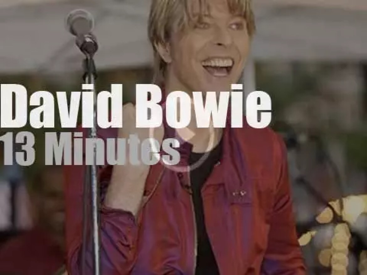 David Bowie sings at Rockefeller Plaza in NYC (2002)