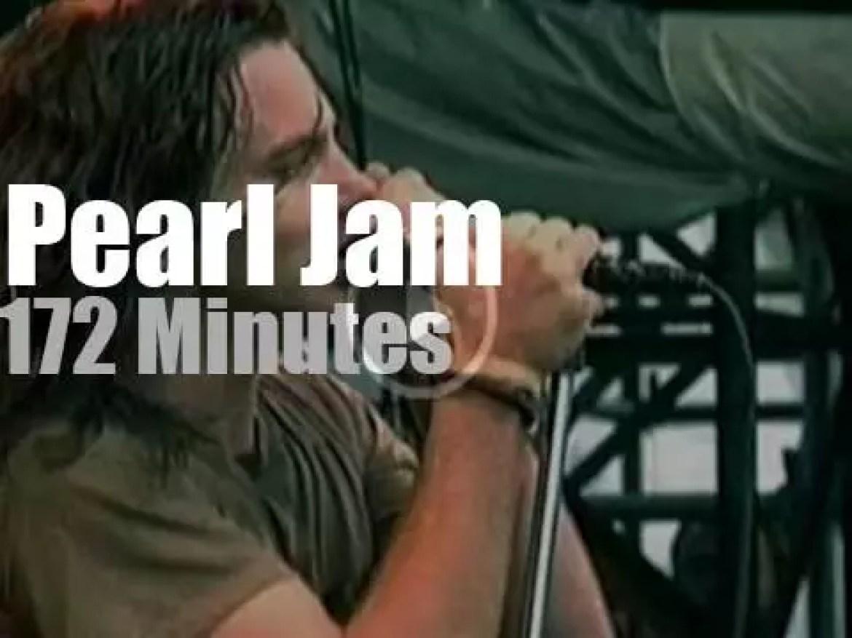 Pearl Jam debut at Pinkpop (1992)