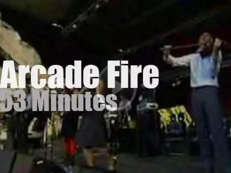 """Arcade Fire rocks """"en Seine"""" (2005)"""