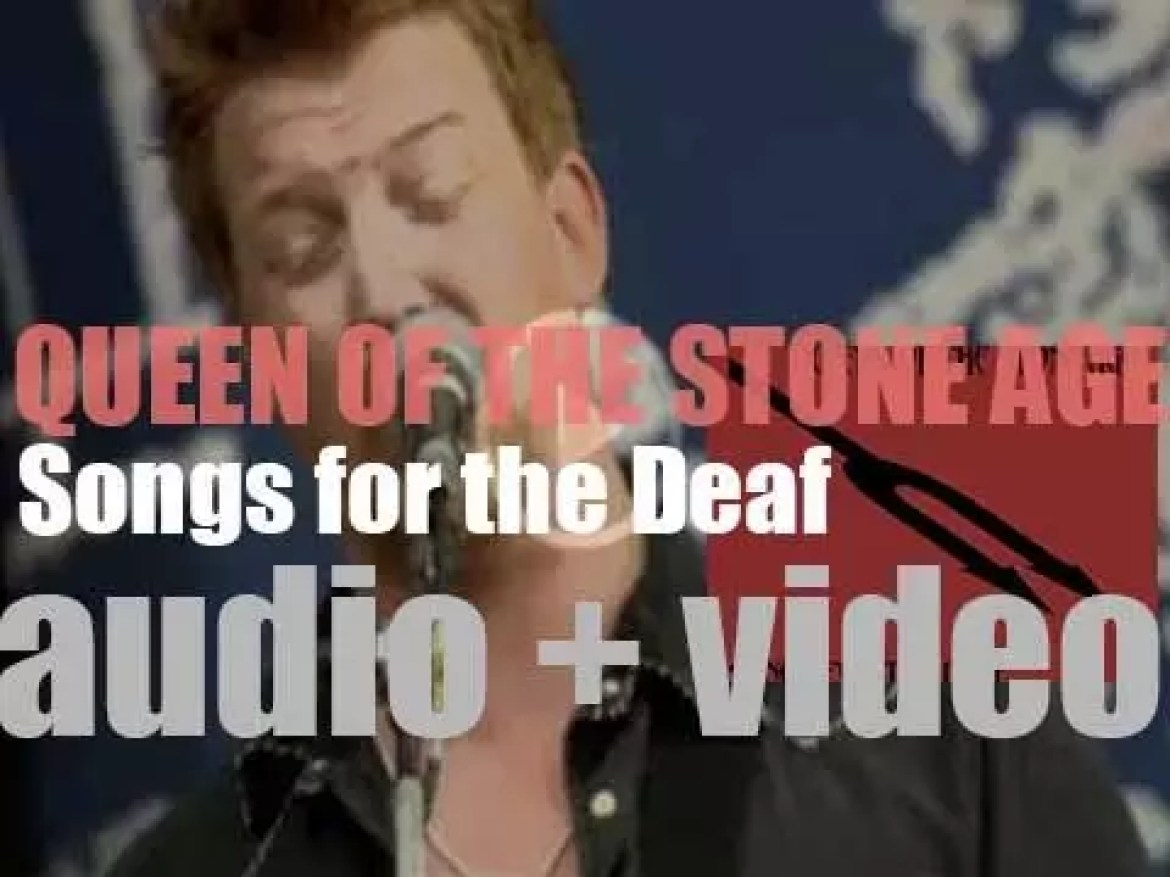 Interscope publish Queens of the Stone Age's third album : 'Songs for the Deaf' featuring Dave Grohl on drums (2002)