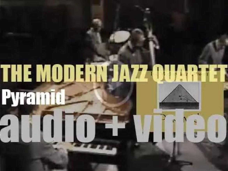 The Modern Jazz Quartet begins the recording of their album : 'Pyramid' (1959)