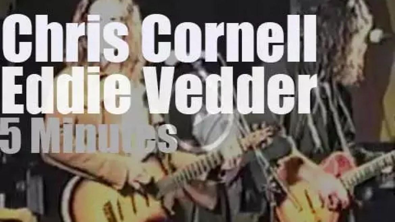 Chris Cornell & Eddie Vedder team up in Phoenix (1992)