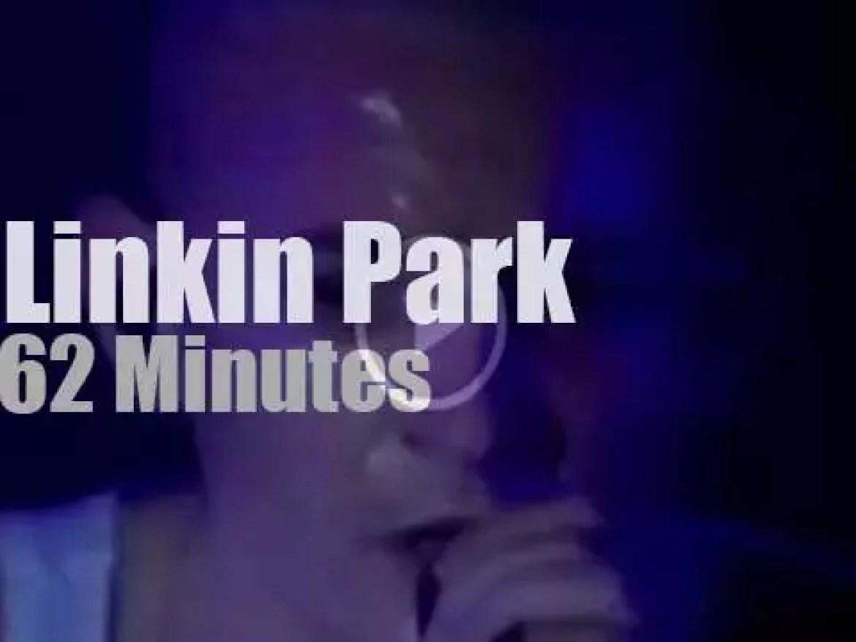 Linkin Park rock London docks (2001)
