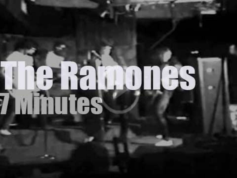 The Ramones rock CBGB's (1974)