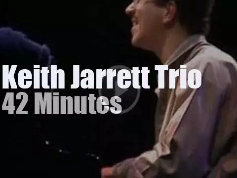 Keith Jarrett Trio plays in Tokyo (1986)