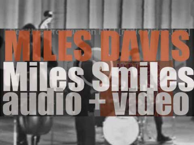 Miles Davis records 'Miles Smiles' with Wayne Shorter, Herbie Hancock, Ron Carter and Tony Williams (1966)