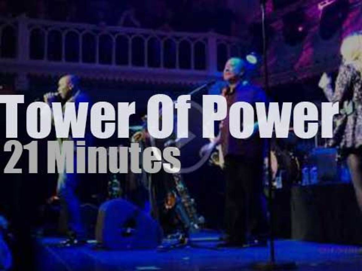 Candy Dulfer sits in with Tower Of Power (2014)