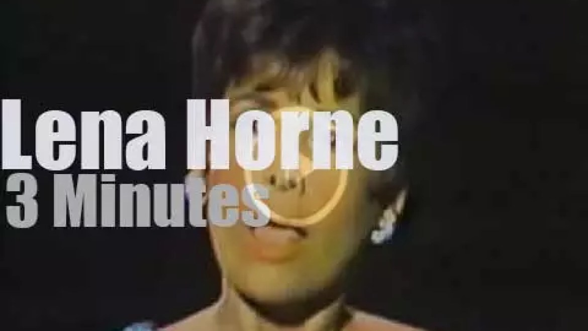 On TV today, Lena Horne at 'Dean Martin Comedy Hour' (1967)