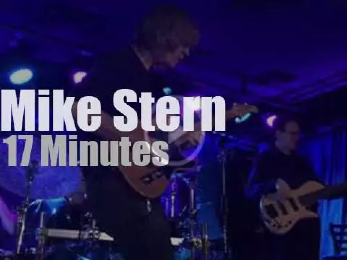 Mike Stern plays in NYC (2015)