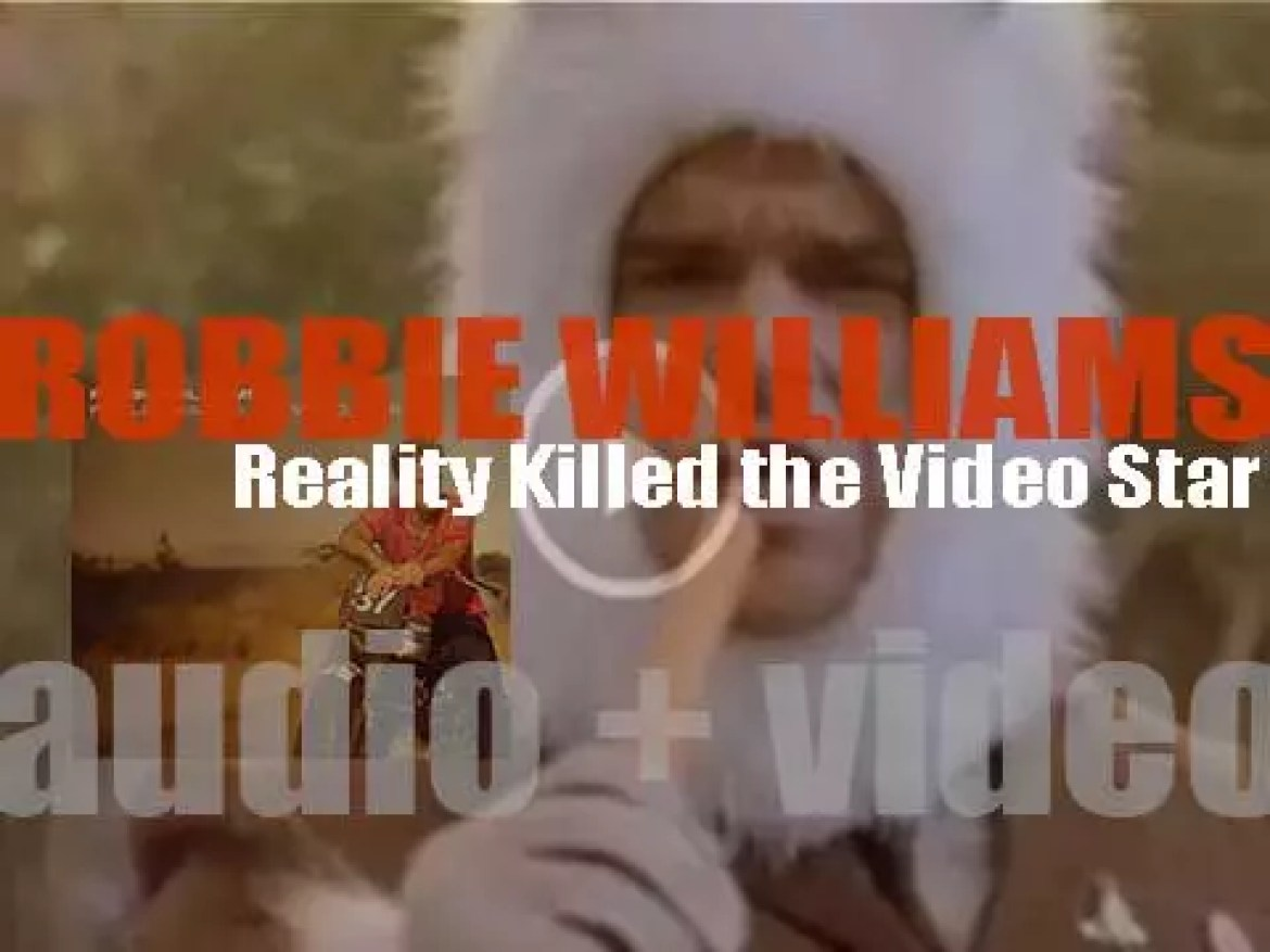 Robbie Williams releases his eighth solo album : 'Reality Killed the Video Star' featuring 'Bodies' and 'You Know Me' (2009)