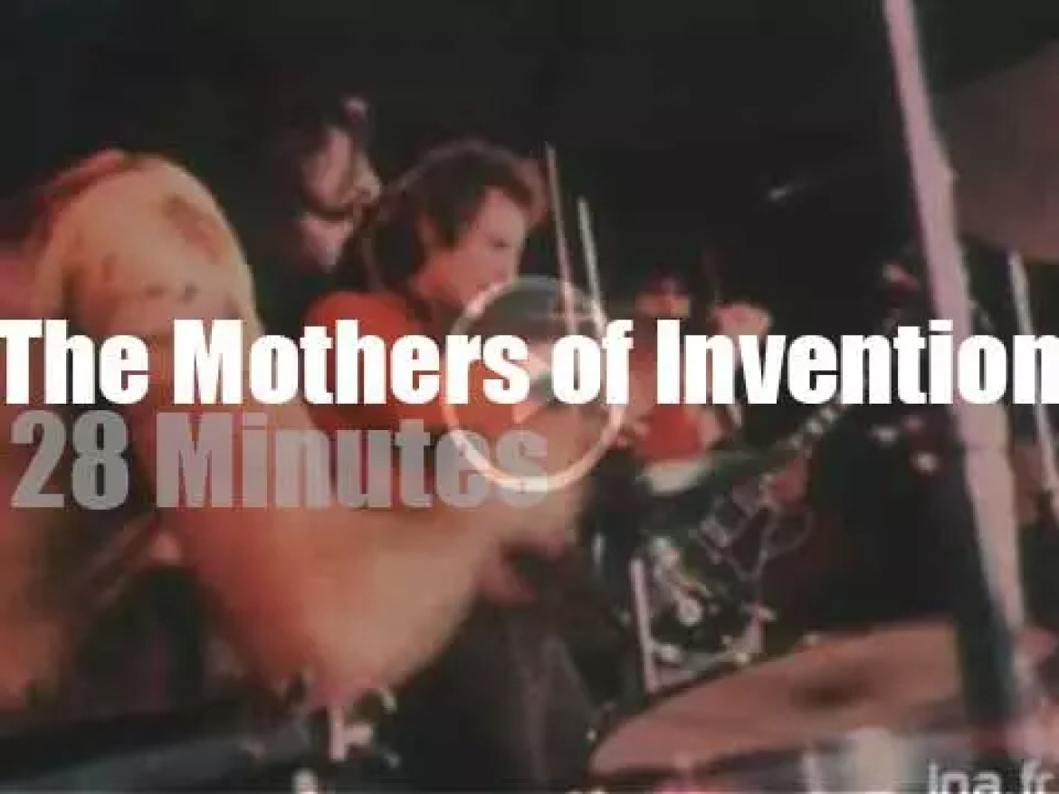 The Mothers Of Invention visit Paris (1970)
