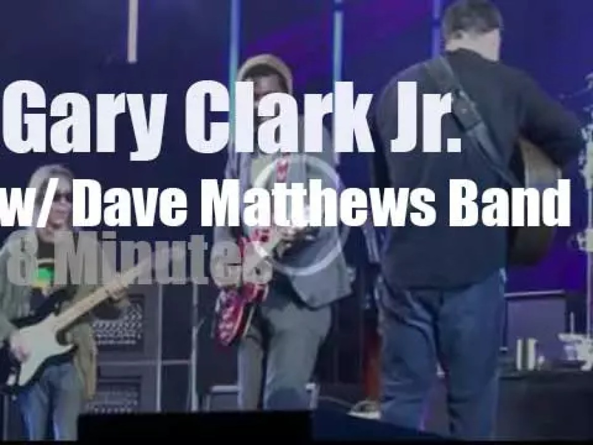 Gary Clark Jr sits in with DMB (2012) –