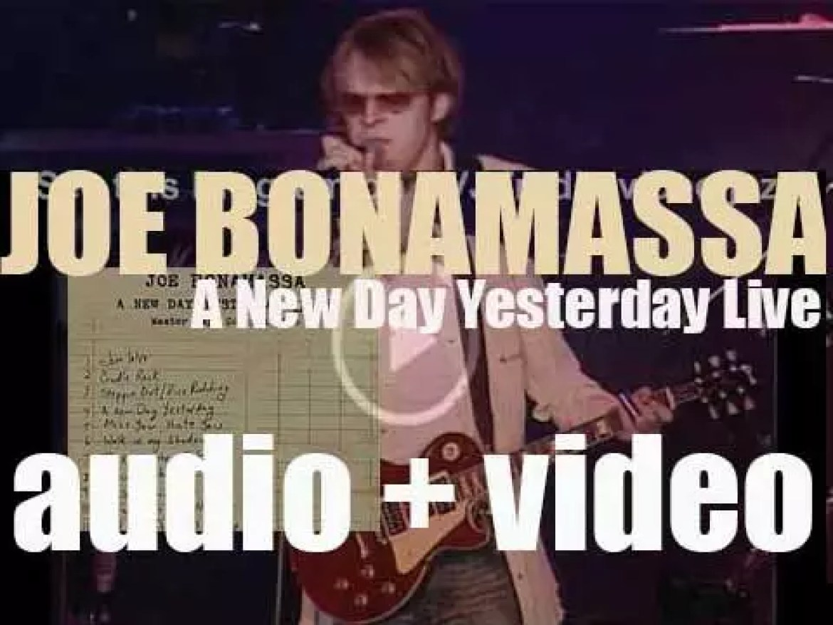 Joe Bonamassa records his first live album : 'A New Day Yesterday Live' in Fort Wayne, Indiana (2001)