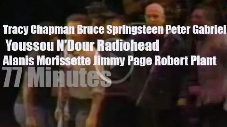 Tracy, Bruce & Youssou et al perform for Amnesty Intl (1998)
