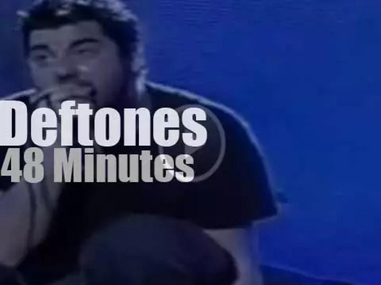 Deftones rock In Rio III (2001)