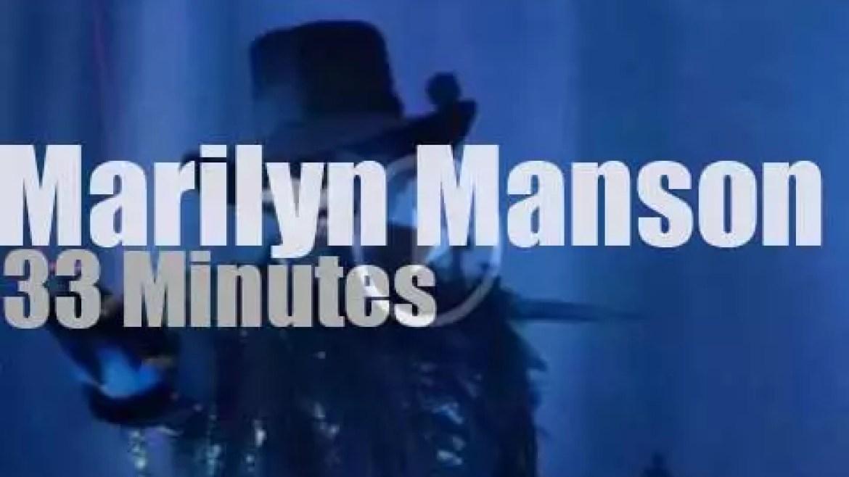 Marilyn Manson serenades Columbus (2013)