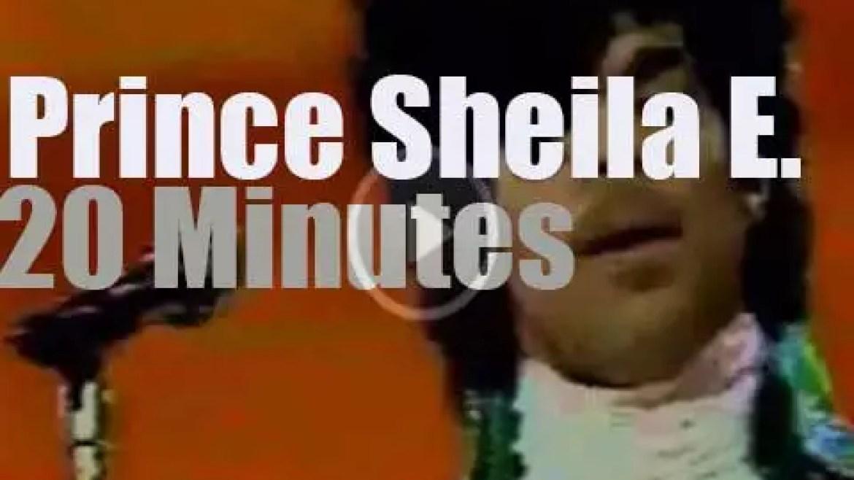 Prince takes Sheila E. to the AMA (1985)