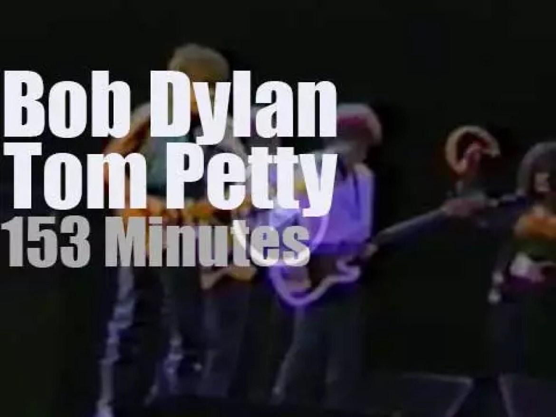 Bob Dylan & Tom Petty team up in Sydney (1986)