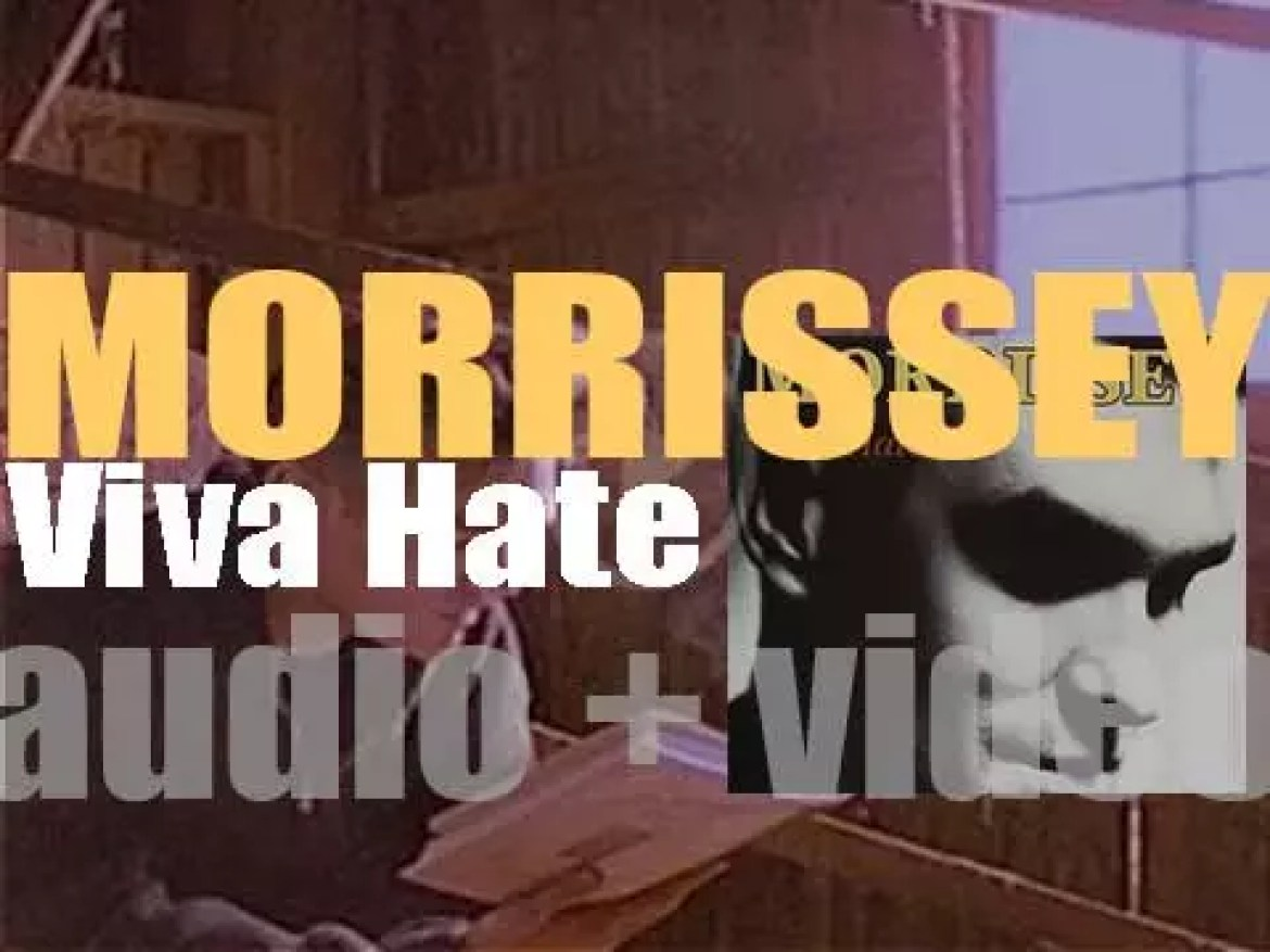 Morrissey releases his first solo album : 'Viva Hate' six months after the end of The Smiths (1988)
