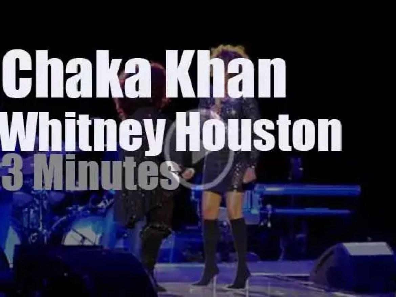 Chaka Khan invites Whitney Houston on stage (2011)