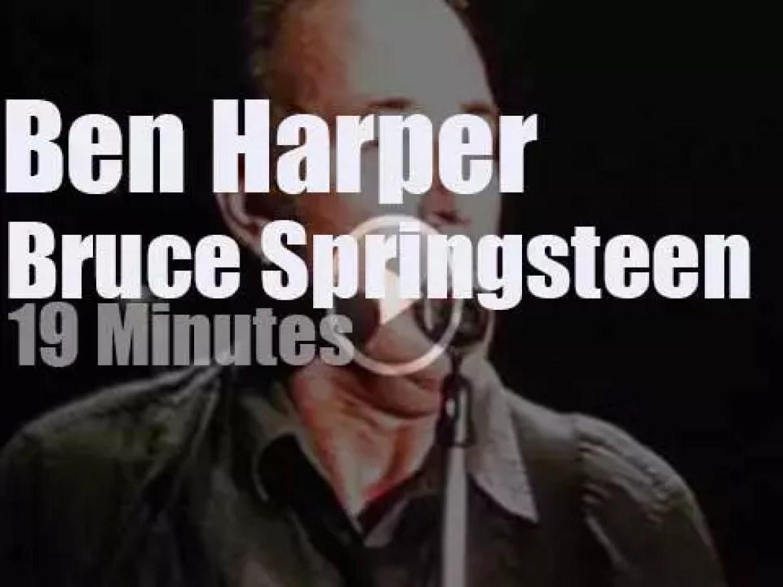 Ben Harper sits in with Bruce Springsteen in Belgium (2013)