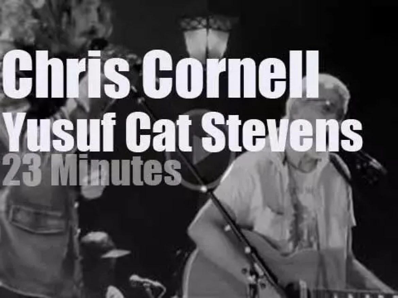 Cat Stevens sings then Chris Cornell walks in (2016)