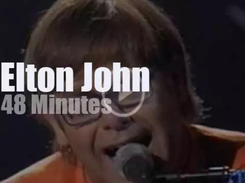 Elton John sings in New Orleans (1997)