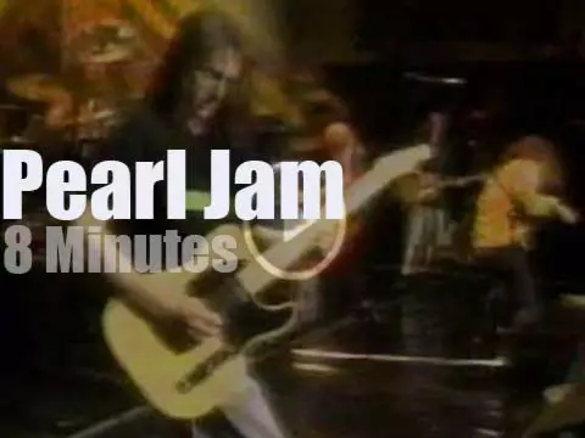 On TV today, Pearl Jam at 'Singles Movie Premiere Party' (1992)