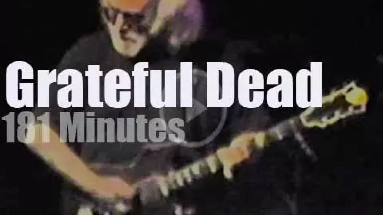 Grateful Dead are back in Oakland (1991)