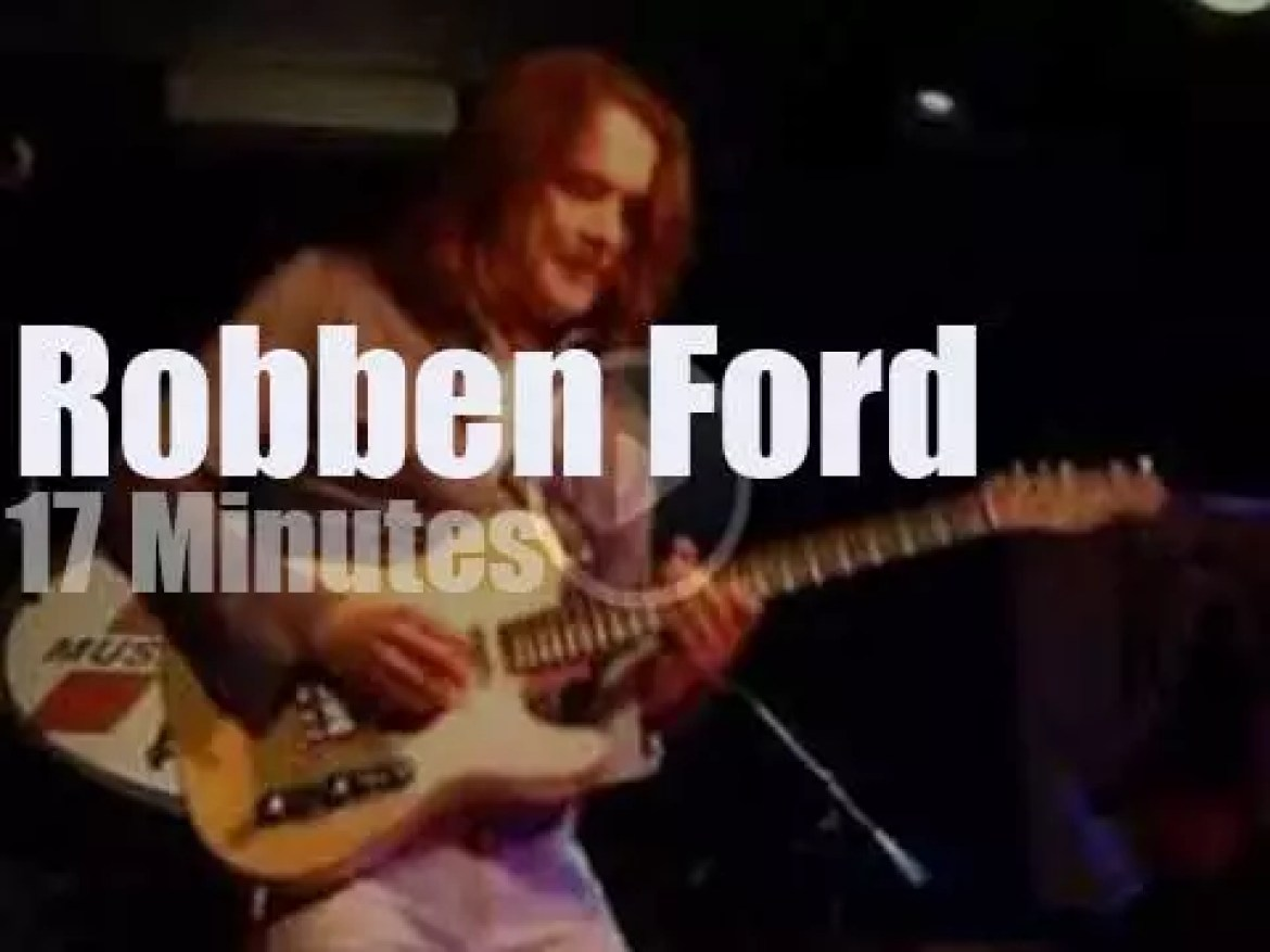 Robben Ford supports a Mission (2014)
