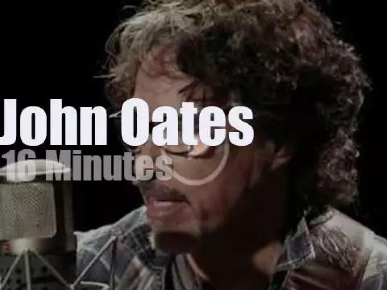 John Oates performs for Paste Magazine (2018)