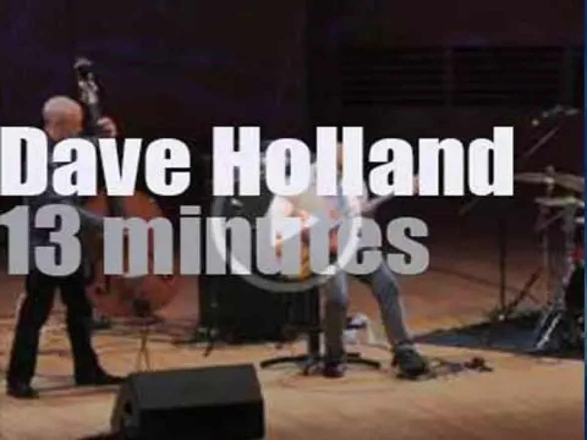 Dave Holland takes his trio to Moscow (2014)