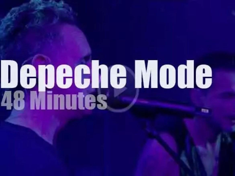 Depeche Mode get global in Glasgow (2017)
