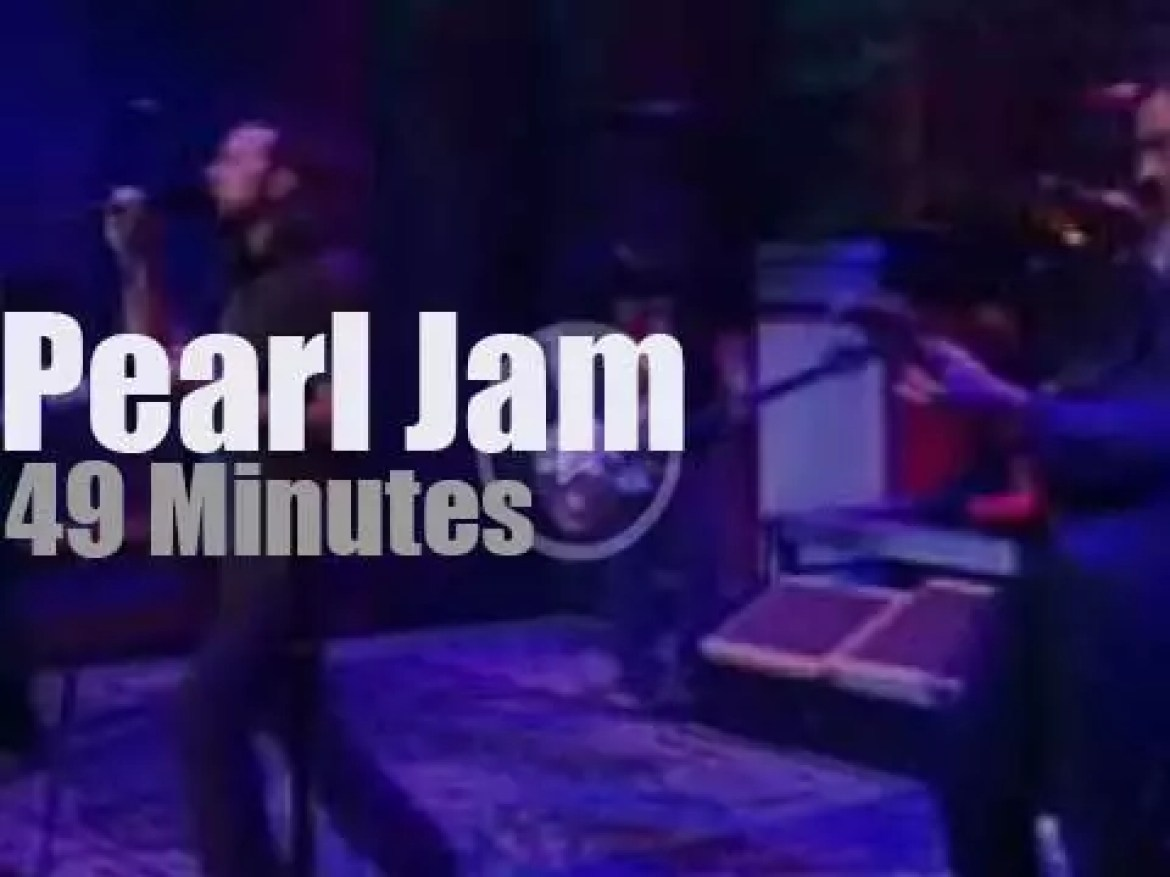 On TV today, Pearl Jam with David Letterman (2006)