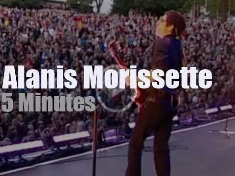Alanis Morissette rocks in Norway (2008)