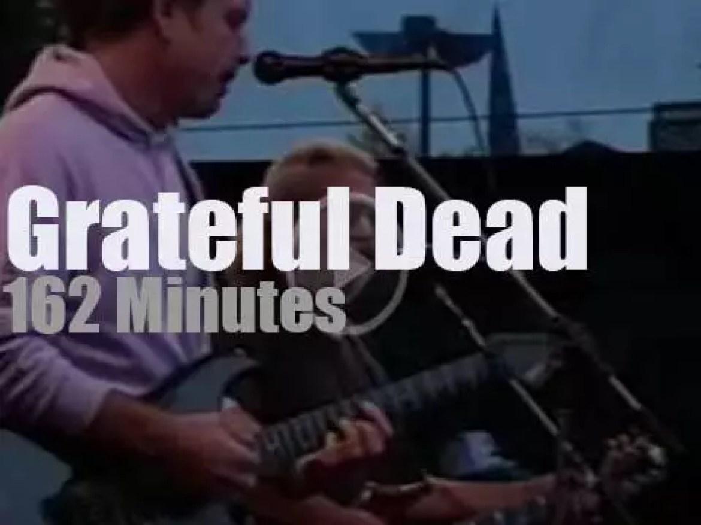 Grateful Dead perform in California (1989)