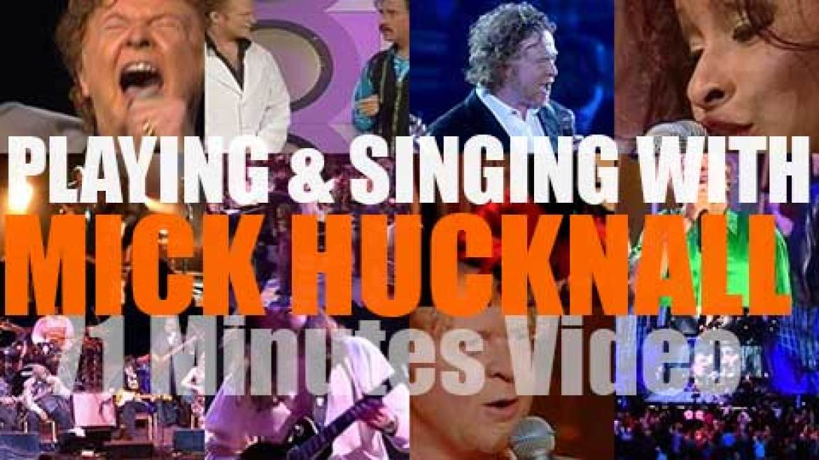 Singing (and Playing) With Mick Hucknall of Simply Red