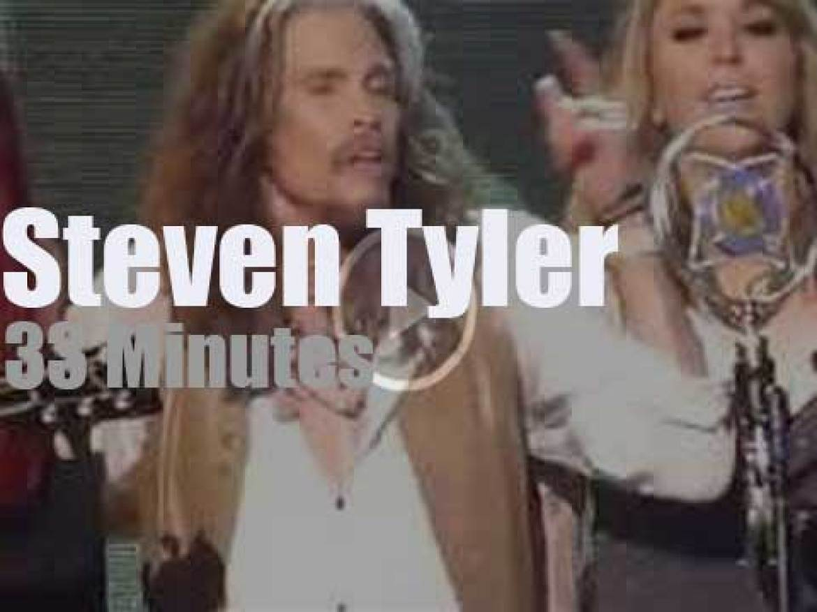 Steven Tyler goes 'Out On A Limb' in Nashville (2016)
