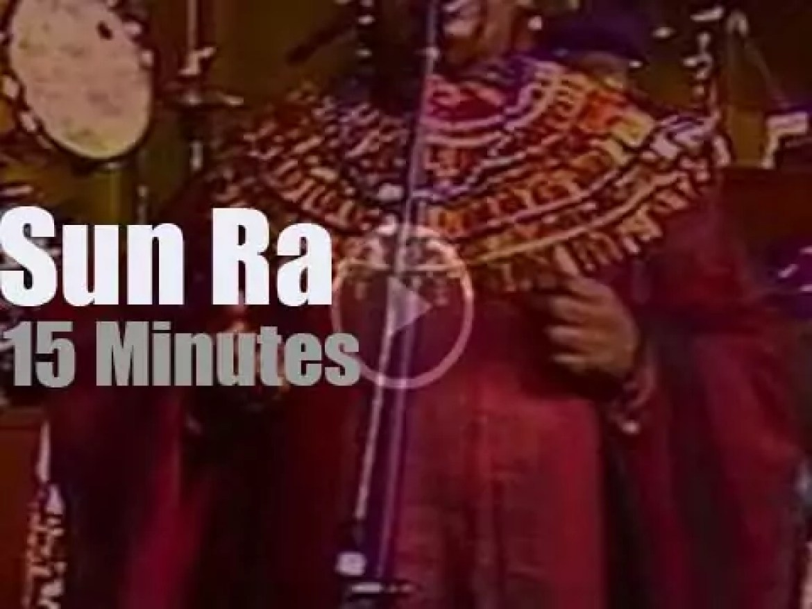 Sun Ra takes the Arkestra and its dancers to Warsaw (1987)