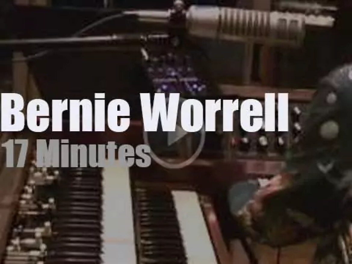 Bernie Worrell records with his Orchestra (2012)
