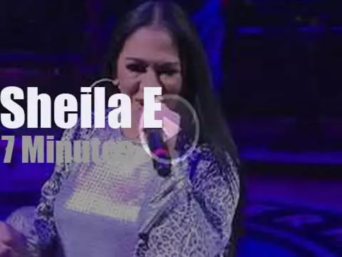 Sheila E performs at the Minnesota Timberwolves halftime (2019)