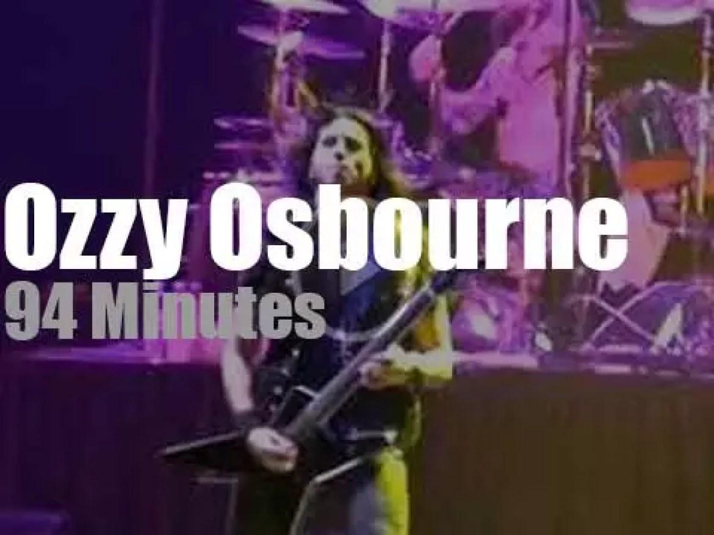 Ozzy Osbourne destroys Reno  (2011)