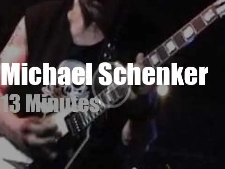 Michael Schenker shreds in Cleveland (2009)