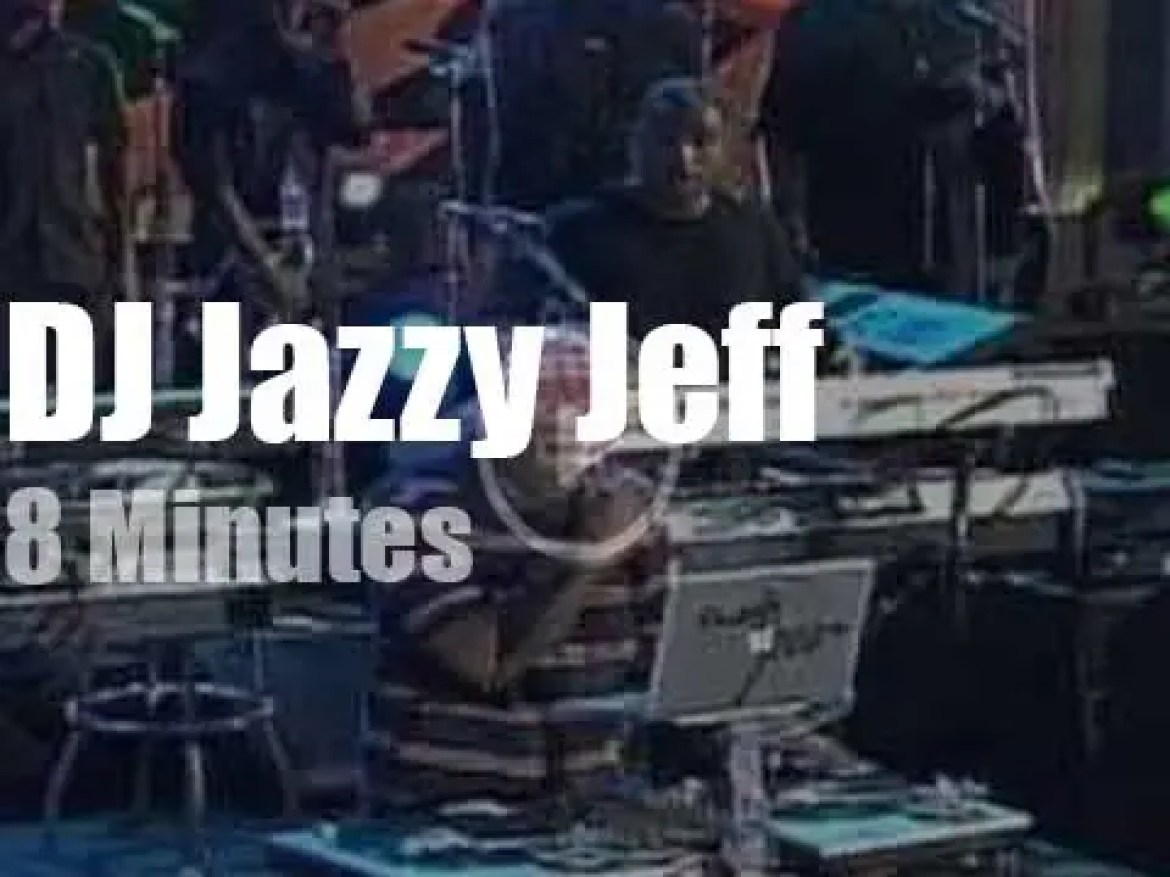 DJ Jazzy Jeff guests with the Roots  (2011)