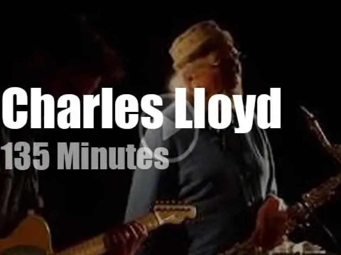 Julian Lage sits in with Charles Lloyd Quartet in Paris (2019)