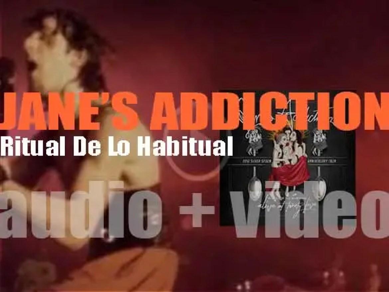 Warner Brothers publish Jane's Addiction's second studio album : 'Ritual De Lo Habitual' (1990)
